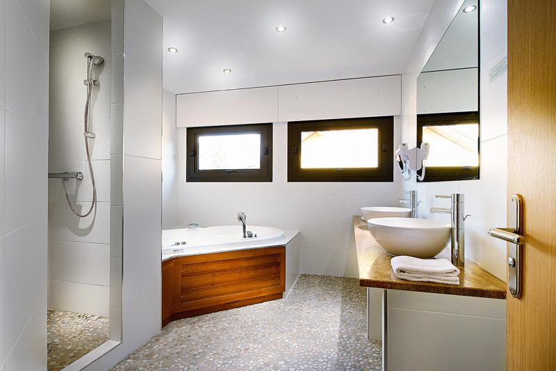 Suite Baignoire Spa Hotel Restaurant Baud Bonne 74